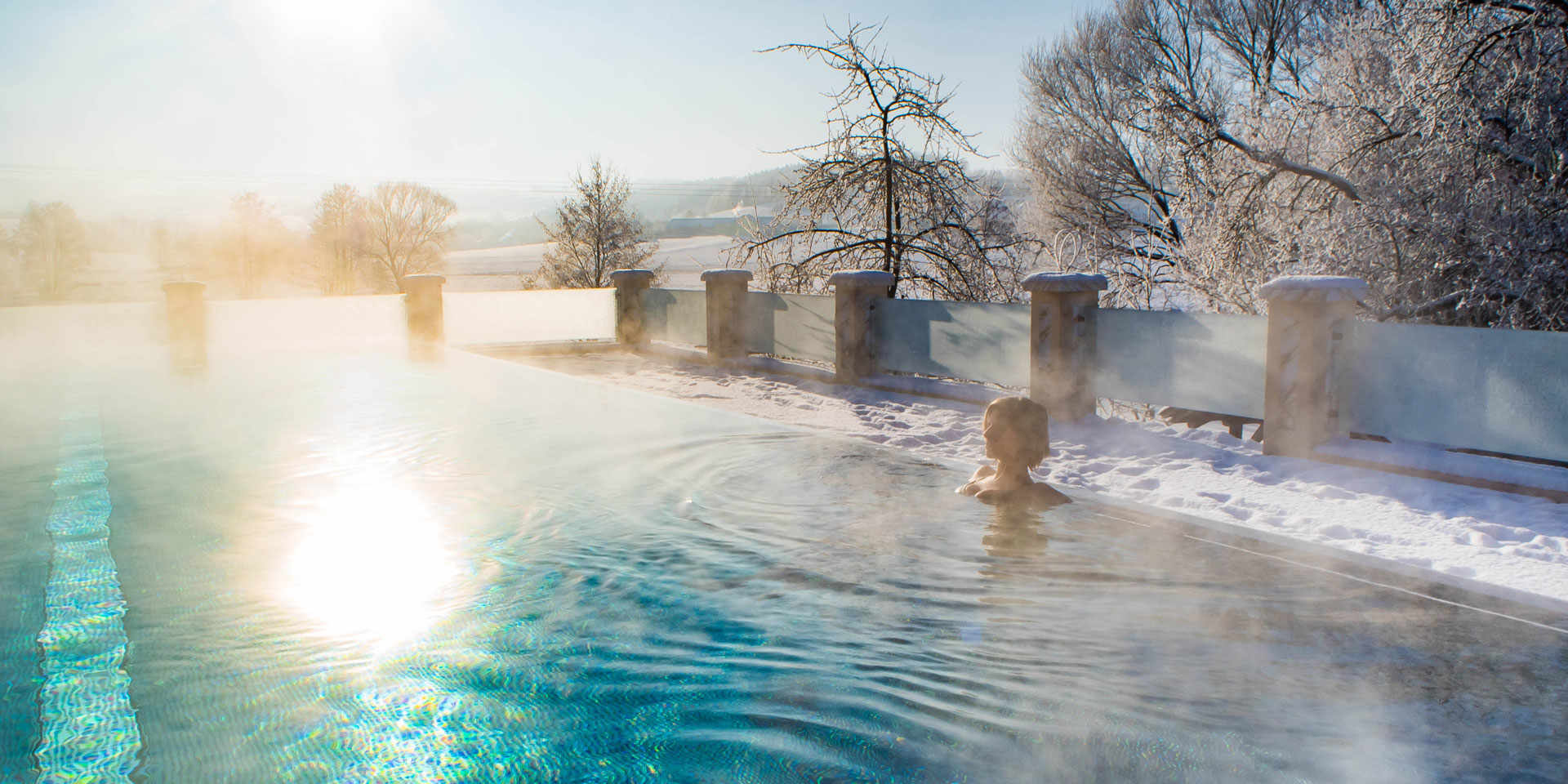 Sky-Infinity-Pool im Winter